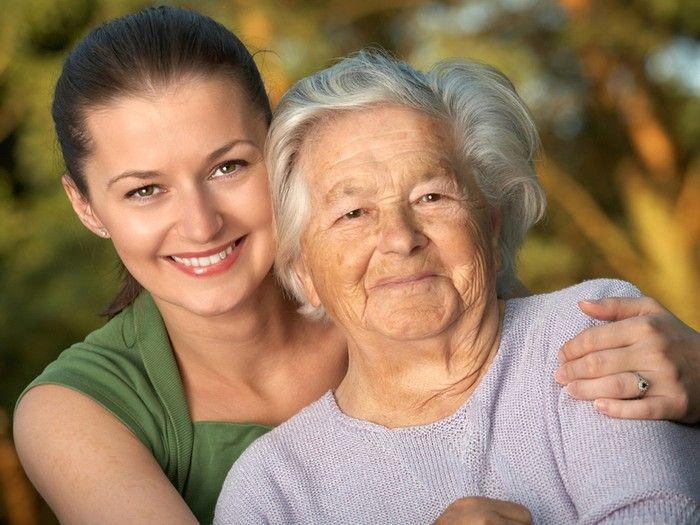 Что должен делать ухаживающий за пенсионером?